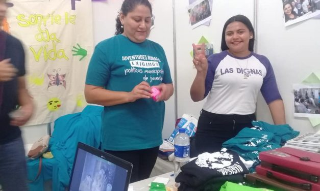 Participamos en #JuvenTour2018, la feria de la juventud de El Salvador