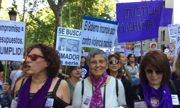 """""""Resistencia feminista frente a los recortes en derechos"""""""